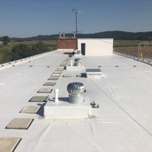 Oprava střechy bytového domu Letovice